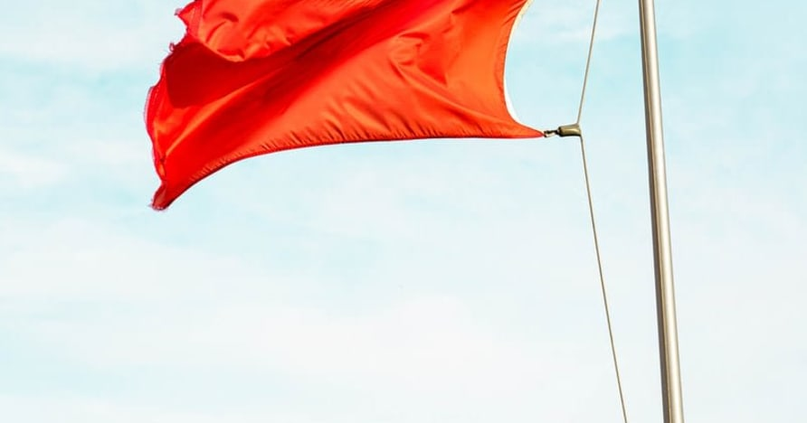 Bendera Merah Besar yang Menunjukkan Penipuan Kasino Dalam Talian